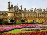 Palota kert - színes palota kert