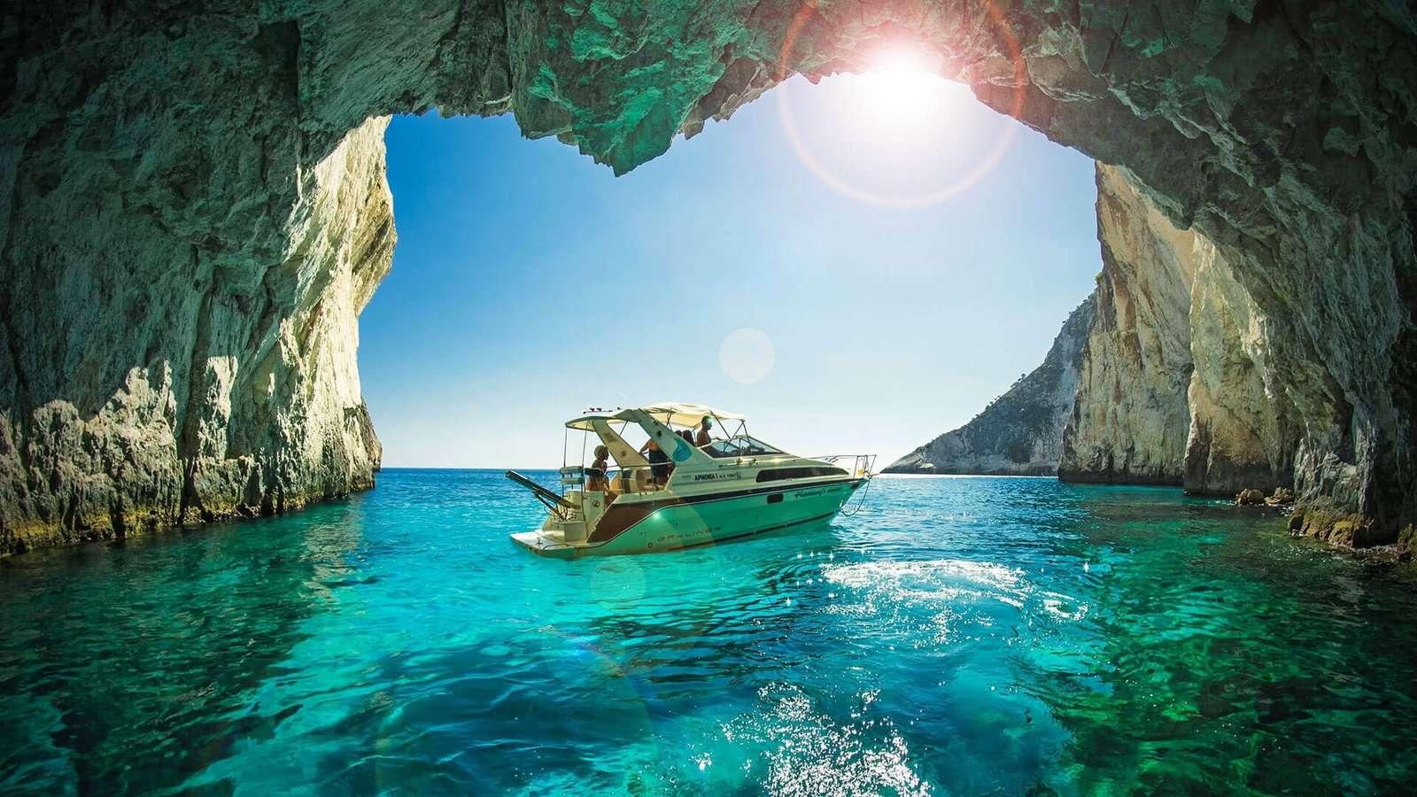Grotto, tenger és a nyár ízlése