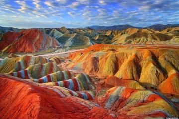 Colorful mountains. - rocks, colors, patterns, colors,