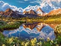 Lustro w Górach Skalistych