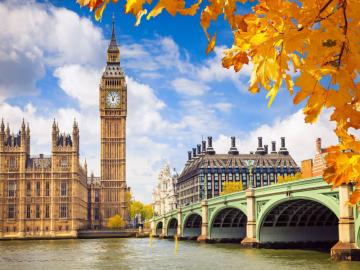 London - England - The capital of Great Britain and England, the largest city in the country, located in its south-east