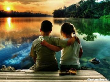 Friends - Evening at the lake