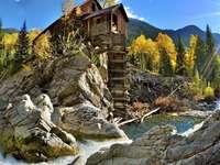 Paysage de montagne - puzzle coloré