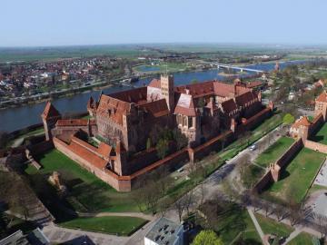 Malbork Castle Fortress - Malbork Castle Teutonic Castle