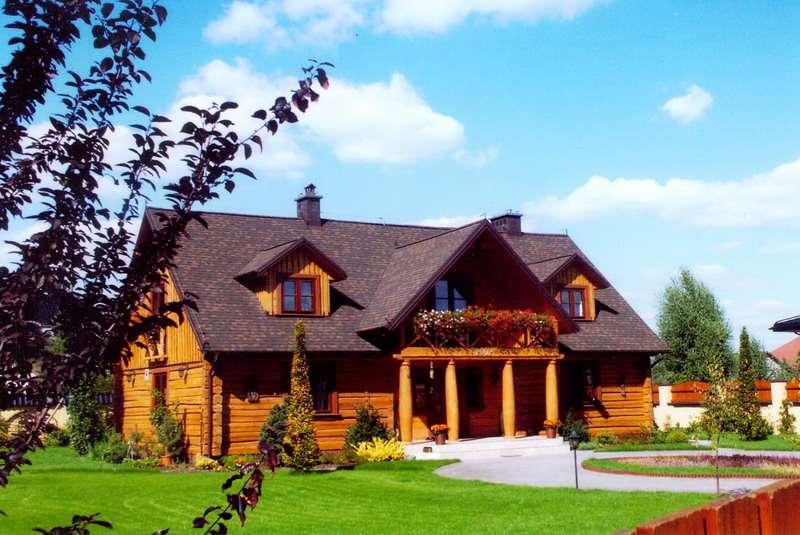 Drewniany domek - Drewniany domek idealny na wakacje, wypoczynek (2×2)