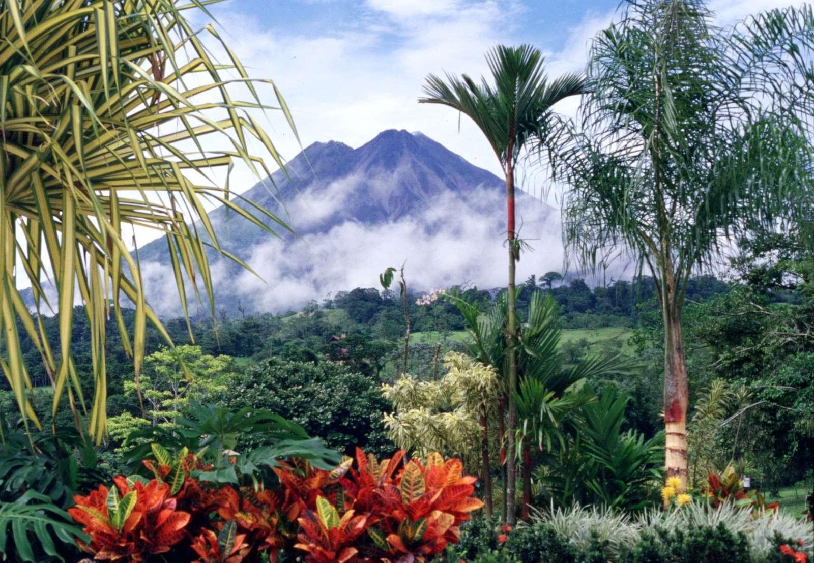 Най-красивото място на земята - Най-красивото място на земята - Костарика (9×9)