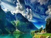 Пейзаж направо от Норвегия