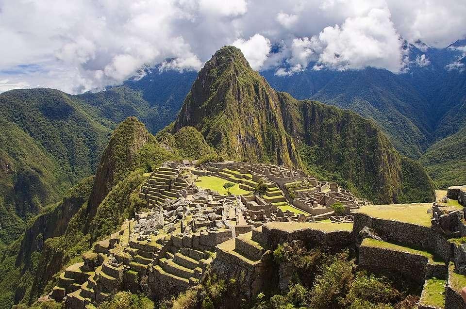 Peru. Machu Picchu - Peru. Berge. Machu Picchu (9×6)