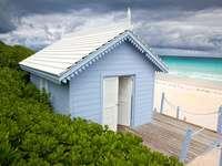 Casă pe plajă. - O casă pe plajă în Bahamas