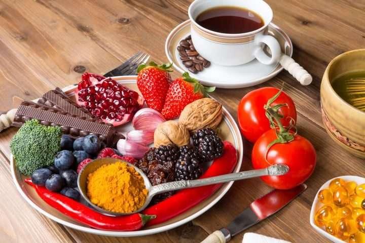 spuntini - Caffè, snack nel piatto (9×9)
