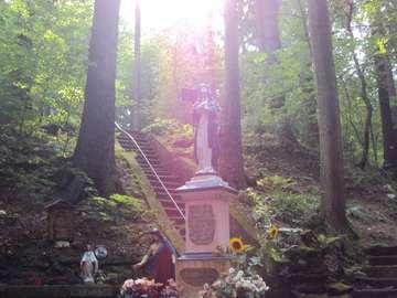 Źródełko Maryi - Obiekt w Górach Stołowych