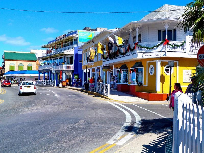 Une rue dans les îles Caïmans. puzzle