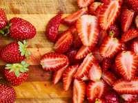 Truskawski - Jahody jsou nejlepší ovoce. Lze je sbírat na přelomu května / června