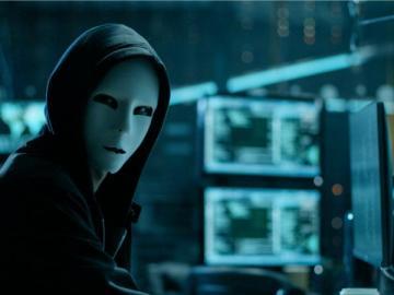 Network security - Haker (ang. hacker) – osoba, która wyszukuje i ewentualnie wykorzystuje dziury bezpieczeństwa w
