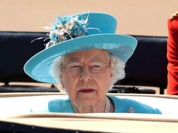 regina Elisabetta - capo reale d'Inghilterra