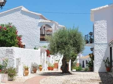 Hiszpańska wioska. - Village espagnol par la Méditerranée