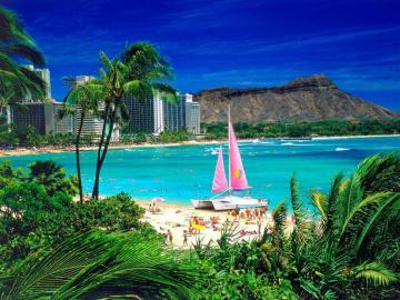 Hot Hawaii. - Mountains. Water. Sun. Beach.