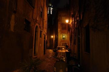 Rome by night - Somewhere in Rome on a night walk