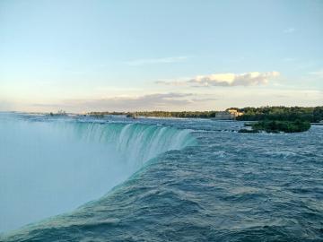 Ниагарски водопад. - Ниагарски водопад. Американска и канадска граница.