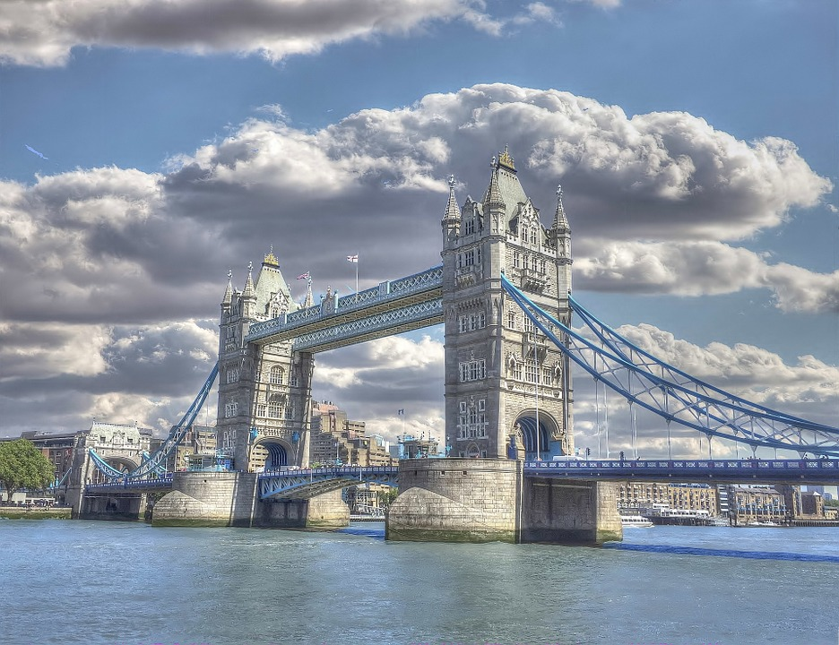 Ponte da torre quebra-cabeça