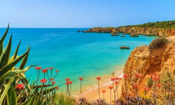 Algarve, Portugal - I love the beach, I love feet
