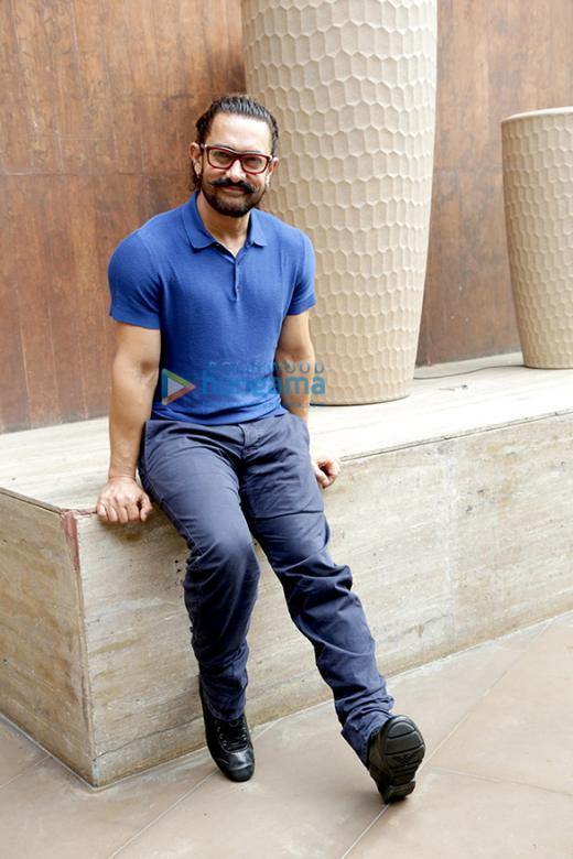 Aamir Khan - Hezký Aamir na focení (10×10)