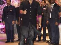 Arjun Kapoor - Frumos Arjun la gala.