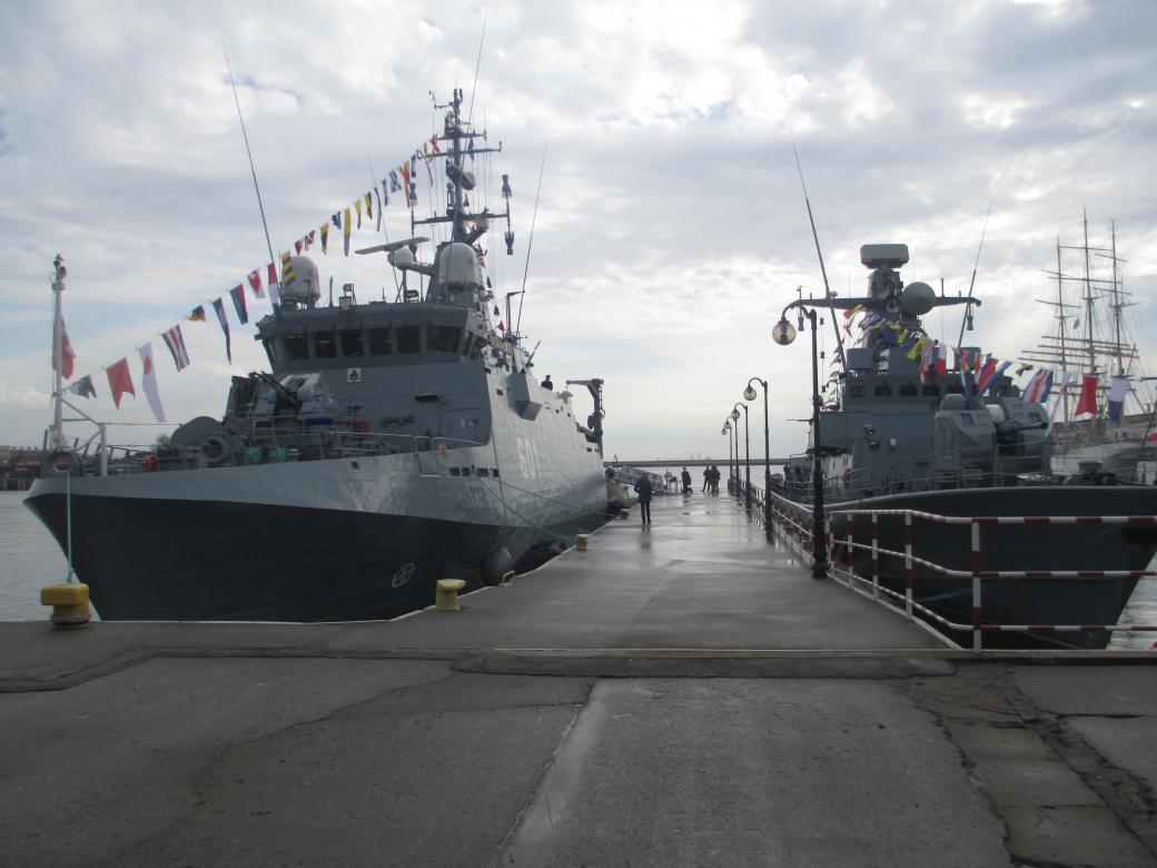 ORP Kormoran en ORP Piorun - ORP Kormoran en ORP Piorun in Gdynia ter gelegenheid van de vakantie van de Poolse marine (5×5)