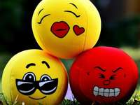 diferite-Minki - fețe fericite să se întindă pentru copii