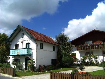 Bavarian godpodarstwo. - A Bavarian farm in Germany.