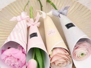 Fiori pastelli - Fiori pastelli bellissimi, rose bianche