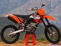 motor ktm125