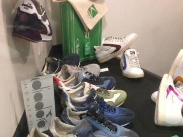 Sapatos .... - Sapatos em exposição