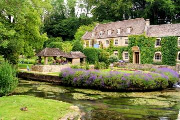 In the English countryside. - Bibury village in England. How would I want our villages to look like this!