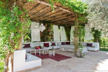 Terrace in Morocco. - A very calming place. And these curtains ...