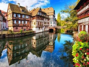 Strasbourg. Francja. - Piękny Strasbourg we Francji.