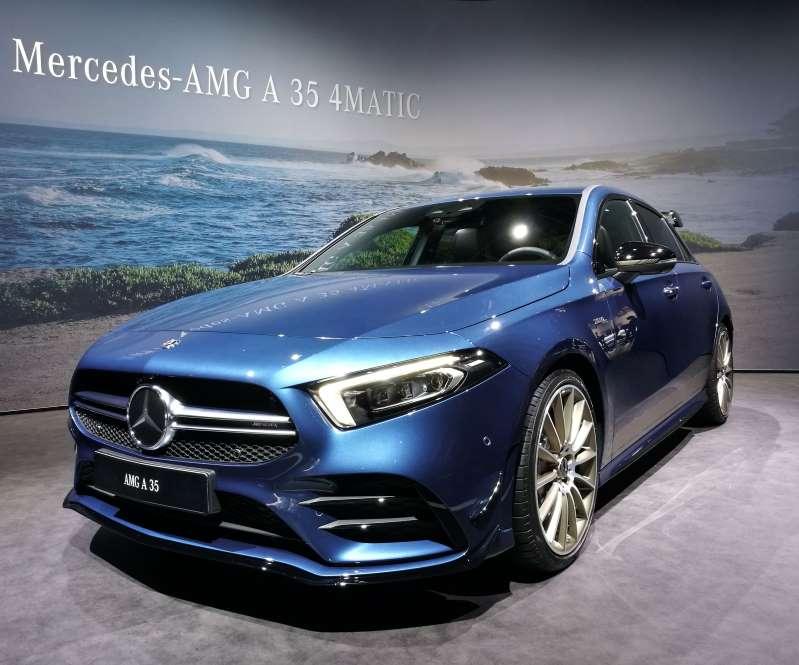 Mercedes AMG A35 4Matic - Mercedes AMG A35 4 Matic super bryka Nowe autko Merca piękna bryczka Mercedes AMG A35 4Matic (12×12)