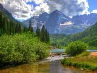 Paesaggio montano - Un paesaggio di montagna eccellente.