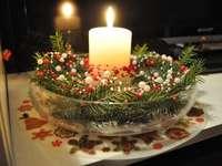 Χριστουγεννιάτικο κερί - Χειροποίητο κηροπήγιο.