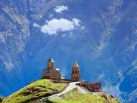 Au sommet de Kazbegi en Géorgi