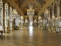 Paris-Versailles