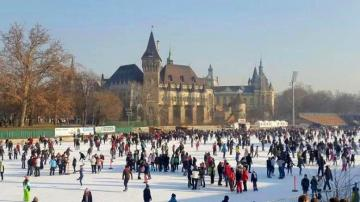 Winter attractions - winter attractions, ice rink, Budapest