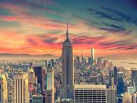 Nueva york - New Jor es la ciudad más poblada de los Estados Unidos y, al mismo tiempo, el centro de una de las