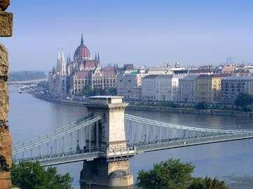 Panorama von Budapest. - Ungarn. Blick auf die Donau und das Parlament.