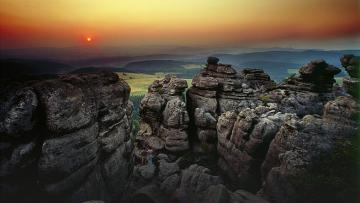 Table Mountains - Góry Stołowe is a mountain range in the chain of the Central Sudetes. The slabs from the Upper Cre