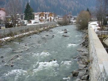 Włochy - Pelizzano - Pelizzano - włoskie miasteczko w Val di Sole