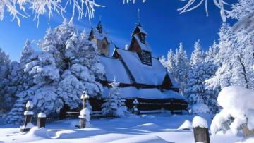 Snow-covered church. - It's somewhere in Poland, but in this snow you can not tell which one.