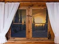 Vue depuis la fenêtre. - Vue d'hiver de la fenêtre.