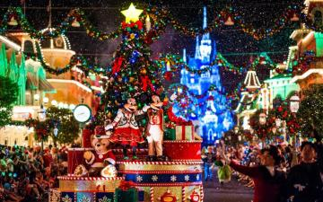 Christmas at Disneyland - Christmas puzzles for children