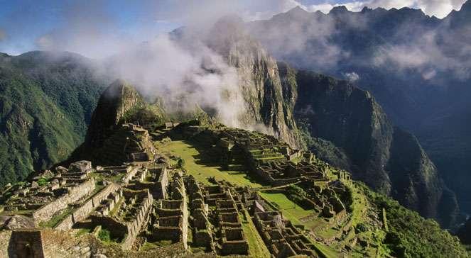 Machu Picchu - Machu Picchu Landschaft (12×9)